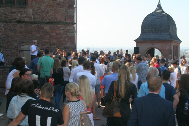 2016-09-12-Empfang-auf-Schloss-Totale-ins-Tal